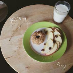 #milk #apple #biscuits #raisins #honey