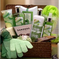Serenity Spa Cucumber & Melon Gift Chest