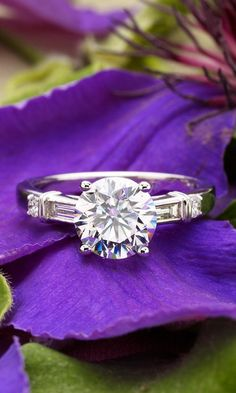 This ring is an elegant combination of modern and vintage design.