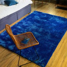 Add unequalled comfort to your interiors with our Buy Denim 713 Soft UNI Shaggy Rug. Free and fast UK delivery. Turquoise Rug, Pink Rug, Orange Rugs, Red Rugs, Blue Outdoor Rug, Toms, Shaggy Rug, Dark Grey Rug, Gold Rug
