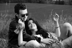 Imagem gratis no Pixabay - Casal, Amor, Preto E Branco, Retro Couple Picture Poses, Photo Couple, Couple Pictures, Flirting Humor, Flirting Quotes, Leiden, Friendship Lessons, Fear Of Being Alone, Attracted To Someone