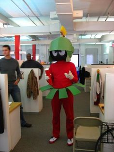 Weird and hilarious Halloween costume Looney Tunes & Yosemite Sam - Halloween Costume Contest at Costume-Works.com ...