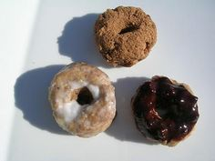 raw donuts (made from bananas and flax seed powder)