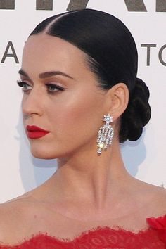 152580, Katy Perry attends the amfAR's 23rd Cinema Against AIDS Gala at Hotel du Cap-Eden-Roc. Cap d'Antibes, France - May 19, 2016. USA, OZ, NZ, SOUTH AFRICA, JAPAN Photograph: © CRYSTAL, PacificCoastNews. Los Angeles Office: +1 310.822.0419 UK Office: +44 (0) 20 7421 6000 sales@pacificcoastnews.com FEE MUST BE AGREED PRIOR TO USAGE