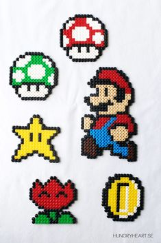 How to make a Super Mario mobile with hama / perler beads (free patterns). Step by step tutorial. Perler Beads, Hama Beads Mario, Fuse Beads, Melty Bead Patterns, Pearler Bead Patterns, Perler Patterns, Beading Patterns, Loom Patterns, Loom Beading
