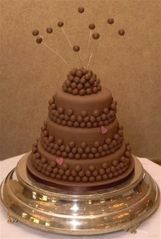 malteser wedding cake 1000 images about cakes on the secret easy 17092