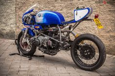 """Pepo Rosell of XTR Pepo has turned another stunner. This time it's a 1992 BMW endurance racer. The bike is nicknamed """"Don Luis."""" Says Pepo: About the name of the bike, this is the [. Bmw Cafe Racer, Moto Cafe, Cafe Bike, Cafe Racer Motorcycle, Motorcycle Style, Cafe Racers, Street Motorcycles, Vintage Motorcycles, Custom Motorcycles"""