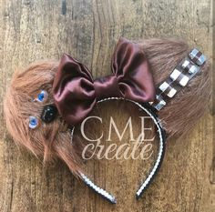Star Wars - 'Chewbacca' Inspired! Minnie Mouse Disney Ears Source Instagram @cme_create  #StarWars #Chewbacca #Chewy #Wookie #Disney #Disneyland #DisneyWorld #WDW #DisneyHeadband #Minnie #MinnieMouse #Mickey #MickeyMouse #DIY #DiyMouseEars #MouseEars