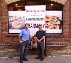 Here we have our newest Speedpro owner, Jeff Trudeau of Speedpro Erin Mills standing in front of some of the recent work they did for a Toronto pharmacy!
