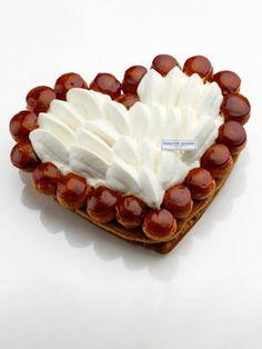 Fête des mères le best of des desserts Valentine Desserts, Mothers Day Desserts, Köstliche Desserts, Choux Pastry, Pastry Art, Cream Puff Recipe, Pastry School, Macarons, Small Cake