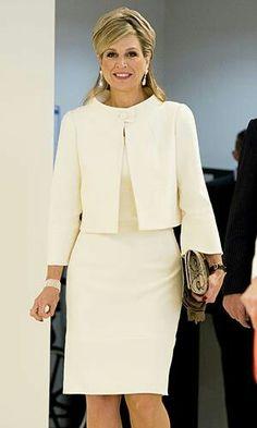 Dutch Royalty, Royal Jewels, Crown Jewels, Glamorous Dresses, Princess  Victoria, Queen dfb425770dfd