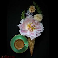 #coffee #flowers #lovers #custom #floral #arrangements #design #happy #florist #bucharest #livadacuvisini #paulamoldovan #goodmorning #bunadimineata #flori #cafea #icecream #food #styling #foodstiling #photography #peony #peonieslovers #fern #colors Bucharest, Icecream, Fern, Food Styling, Peonies, Floral Arrangements, Lovers, Coffee, Happy