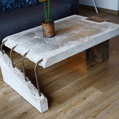 combination of old wood and concrete Concrete Table by Stephan Schmitz. Concrete Furniture, Concrete Wood, Industrial Furniture, Cool Furniture, Furniture Design, Furniture Plans, System Furniture, Industrial Coffee Tables, Broken Concrete