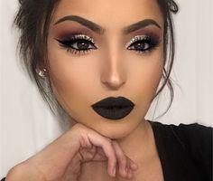 Chic Makeup Looks With Black Lipstick You Would Love To Try; Chic Makeup Looks; Black Makup Looks; Prom Makeup Looks, Cute Makeup, Gorgeous Makeup, Pretty Makeup, Makeup Art, Makeup Style, Dark Makeup Looks, Easy Makeup, Cheap Makeup
