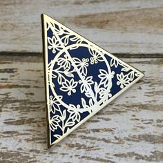 http://sosuperawesome.com/post/154181505594/harry-potter-pins-by-fandom-flair-pins-on-etsy