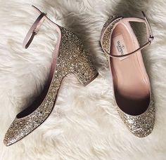 Zapatos de novia Valentino                                                                                                                                                                                 Más