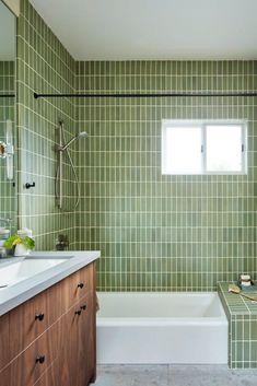 Modern classic farmhouse San Francisco, Cheap Desk, Contemporary Shower, Contemporary Bathrooms, Modern Farmhouse Design, French Farmhouse, Cheap Houses, Luxury Homes Interior, Interior Modern
