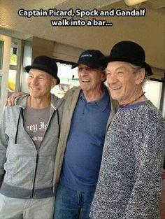 So Captain Picard, Spock And Gandalf Walked Into A Bar Patrick Stewart, Leonard Nimoy, and Ian McKellen. Star Trek Meme, Star Wars, Spock, Gandalf, Jorge Guzman, Batman Y Robin, Patrick Stewart, Ian Mckellen, Le Polo