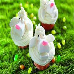 Fluffy Lamb Cupcakes