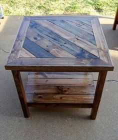 Easy Carpentry Projects - DIY Reclaimed Wood Furniture: Pallet To Furniture Easy Carpentry Projects - Get A Lifetime Of Project Ideas and Inspiration! Reclaimed Wood Projects, Reclaimed Wood Furniture, Diy Pallet Projects, Pallet Furniture, Furniture Projects, Rustic Furniture, Pallet Ideas, Furniture Design, Pallet Chair