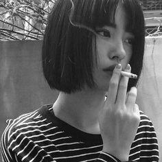 Ulzzang Girl Korean Cigarette Smoke