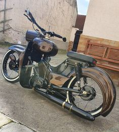 Custom Moped, Custom Motorcycles, Custom Bikes, Cars And Motorcycles, Simson Moped, Vintage Moped, Motorbikes, Old School, Bicycle