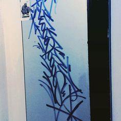Feliz día a todos mis amigos, hoy voy a celebrar el #amor mas puro y sincero, #graffiti <3<3<3  #handstyle #handstyler #tag #graffitimedellin #graffiticolombia #graffititag #amistad #amorporelgraffii #grog