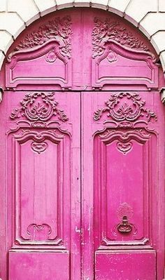 Wonder how often you could be in a bad mood with a front door this color?