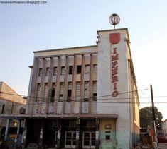 O CINEMA IMPÉRIO EM LOURENÇO MARQUES, 1949 E 2010 | THE DELAGOA BAY WORLD Maputo, Shipping Containers, Heron, Cape Town, Cinema, Africa, Places, Thankful, City