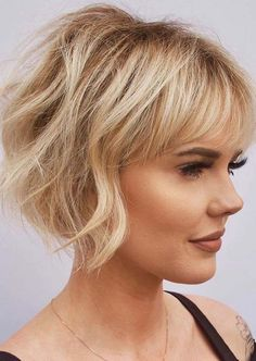 Short wavy hair is trendy, classy and versatile. In fact, short wavy hairstyles will always look unique and sexy. From the short wavy bob to layered shoulder-length waves to styles…View Short Haircuts Over 50, One Length Haircuts, Layered Bob Haircuts, Thin Hair Haircuts, Short Bob Hairstyles, Cool Haircuts, Layered Hairstyles, Hairstyles Haircuts, Summer Haircuts