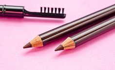 How to Cope With Eyebrow Loss During and After Chemotherapy Effects Of Chemotherapy, It Cosmetics Concealer, Best Concealer, Eyebrow Extensions, Thin Eyebrows, The Knack, Eyebrow Stencil