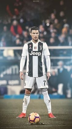 Looking for New 2019 Juventus Wallpapers of Cristiano Ronaldo? So, Here is Cristiano Ronaldo Juventus Wallpapers and Images Cristiano Ronaldo 7, Cr7 Ronaldo, Cristiano Ronaldo Manchester, Cr7 Messi, Cristiano Ronaldo Wallpapers, Ronaldo Football, Football Soccer, Soccer Fifa, Fc Bayern Munich