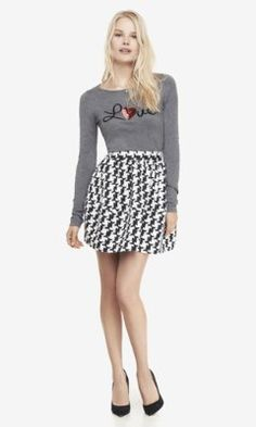 HIGH WAIST HOUNDSTOOTH FULL SKIRT from EXPRESS Realizing now that it don't come my size. Difficulties of being a curvy girl