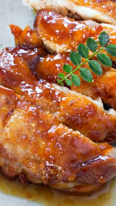 Spicy Crispy Chicken Recipe ~ Coated with a sweet and spicy glaze, it makes for the perfect accompaniment to a bowl of steamed rice