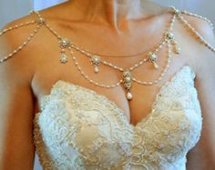 Necklace For The ShouldersBackdrop por mylittlebride en Etsy