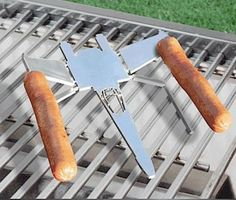 X-Wing Hot Dog Holders.  Granted I don't really eat hot dogs, but still.  WANT.