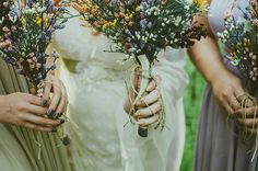 What you need to know when working with a wedding florist on @offbeatbride