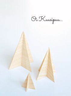 DIY Christmas tree STIPLU.: Ensimmäinen askel kohti joulua... Joko, Place Cards, Place Card Holders, Diy, Bricolage, Diys, Handyman Projects, Do It Yourself, Crafting