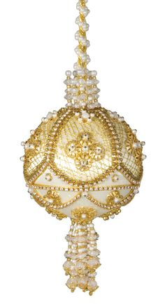 FABERGE -- If you're thinking of getting me a Cracker Box kit, THIS is the one I would most appreciate, with the default ivory ball.