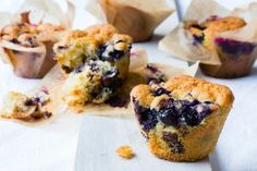 These Thermomix blueberry muffins are the perfect breakfast or lunchbox treat. You can freeze them and use as desired. Warm in the oven. Chocolate And Blueberry Muffins, Double Chocolate Chip Muffins, Blue Berry Muffins, Chocolate Cake, Brownie Recipes, Cookie Recipes, Snack Recipes, Snacks, Brunch Recipes