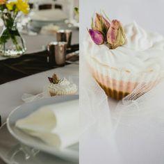 Szappan köszönetajándék   Wedding favours soap ❤ Soap Wedding Favors, Vanilla Cake, Desserts, Food, Tailgate Desserts, Deserts, Eten, Postres, Dessert