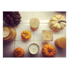 Instagram / @cventresca  #cventresca #courtneyventresca #homedecor #homestaging #staging #decor #cozy #home #interiors #interiordesign #holidaydecor #holiday #pumpkin #pinecones #candles #lights #atmosphere #fireplace #architecture #garland #fall #autumn #winter #thanksgiving #restorationhardware #rustic