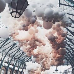 Love this spotted by @gabrialla_maternity at @curvexpo all the way up #photography #art #party #fashion #photoshoot #lingerie #loungewear #intimateapparel #inspiration #texture #fete #balloon #manhattan #nyc #newyorkcity #newyork #curve #curvexpo #tradeshow