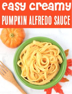 Garlic Alfredo Sauce Recipe: Simple Creamy Pumpkin Alfredo! This delicious and decadent sauce is what Fall dreams are made of. Plus, with just 5 ingredients, it's SO easy to make!! Go grab the recipe and give it a try this week! Basil Pesto Recipes, Yummy Pasta Recipes, Vegetable Recipes, Easy Dinner Recipes, Dinner Ideas, Homemade Sauce, Homemade Pasta, Pumpkin Alfredo Recipe, 5 Ingredient Dinners