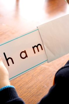Beginning letter H CVC word slider cards. A fun way to get young readers to actually sound out each letter instead of guessing the word! (Includes link to FREE printable).