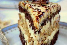 "Tort delicios ""Halva"" - un desert original și deosebit de savuros! Dessert Cake Recipes, Sweets Recipes, Cheesecake Recipes, Real Food Recipes, Baking Recipes, Cookie Recipes, English Sweets, Craving Sweets, Delicious Desserts"