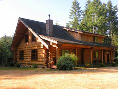 Thinking of building your new log home from a log cabin kit? Here's what you need to know BEFORE you start exploring log home kits!