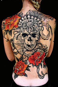 skull backpiece..awesome color detail