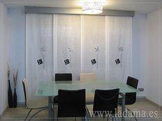 Cortinas Modernas. Panel Japonés en blanco y negro.     Black and white modern track blinds curtains