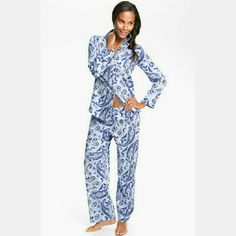 """Ralph Lauren // Paisley Sateen Pajamas Soft cotton pajama set in soft blue paisley. Front button closure top with pocket detail. Drawstring waist pants. Approx inseam 29"""".  machine wash. Lightly worn, in excellent condition. Ralph Lauren Intimates & Sleepwear Pajamas"""